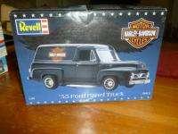 REVELL 55 FORD PANEL TRUCK HARLEY DAVIDSON MODEL CAR 124 SCALE