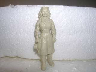 MARX 1950S 60mm DALE EVANS (ROY ROGERS WIFE) TOY SOLDIER FIGURE