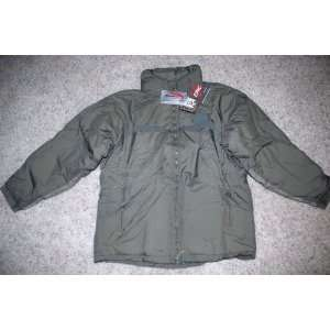 LEVEL 7 EXTREME COLD WEATHER PARKA   SIZE MEDIUM REGULAR: Everything