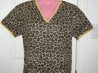 NWT Free Ship Medical Nursing Scrubs Top Cats Leopard Print Brown