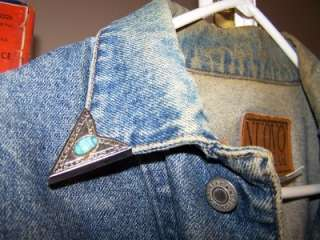 THIS IS A GOOD CONDITION OLDER NUOVO JEANSWEAR JACKET XL. NONE SMOKING