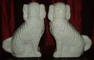 antique 1800s STAFFORDSHIRE SPANIEL DOGs Old 11 Mantle Pair Ironstone