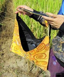 Ladies Fashion V Bag   Gustav Klimt   The Tree of Life