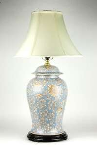 CERAMIC TABLE LAMP Chinese Hand Painted Blue Lotus 29