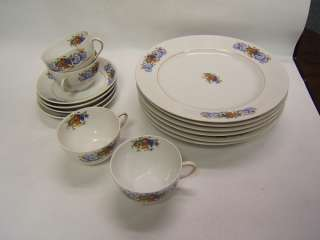 Victoria China Czech pattern 14 pieces Vintage china