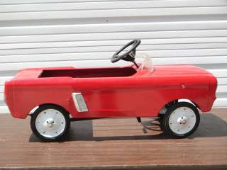 1966 AMF FORD MUSTANG PEDAL CAR REISSUE TOY RIDE ON VEHICLE