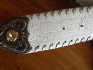 Vtg White Tooled Leather BELT Silver Gold Buckle sz M