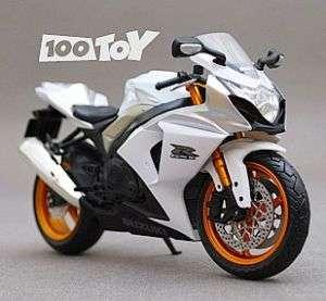 12 SUZUKI GSX 1000R DIECAST MOTORCYCLE