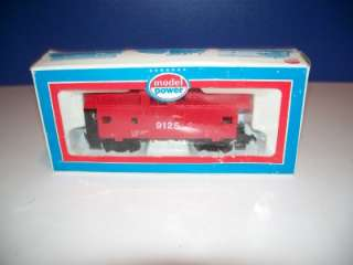 MODEL POWER HO SCALE #9125 RED SAFETY CABOOSE NRFB