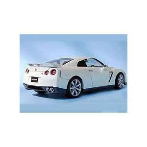 Nissan GT R (R35) Die Cast Model   LegacyMotors Scale