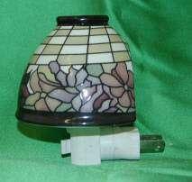 Encore E70316 Tiffany Night Light Pink Rose Bulb Included