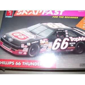 NASCAR Phillips 66 Ford Thunderbird 1992 Model Kit: Toys & Games