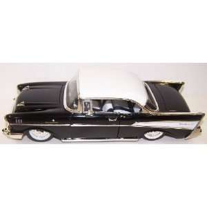 Toys 1/24 Scale Diecast Showroom Floor 1957 Chevy Bel Air in Color
