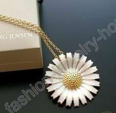 fashion white daisy gold plated Necklace Pendant