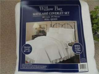Willow Bay Matelasse Coverlet SET ,88 X 96 Full/Queen   OFF WHITE