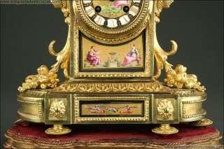 Antique French Mantle Clock. XIX Century.