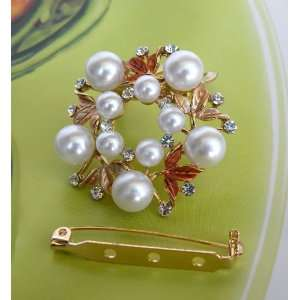 Designer Scarf Ring Gorgeous Lady Clip On Style Pin Brooch