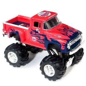 Minnesota Twins MLB 1956 Ford Monster Truck Sports & Outdoors