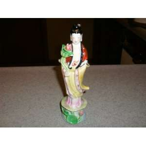 Antique Chinese Porcelain Figurine