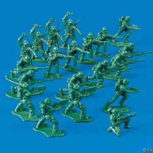 soldiers vintage plastic soldiers plastic soldiers lot toy soldiers